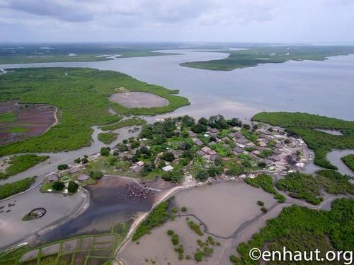 Village de Bolol, Parc national des mangroves de Cacheu, Guinée Bissau